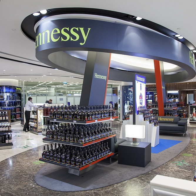 "Duty Free ""Hennessy"""